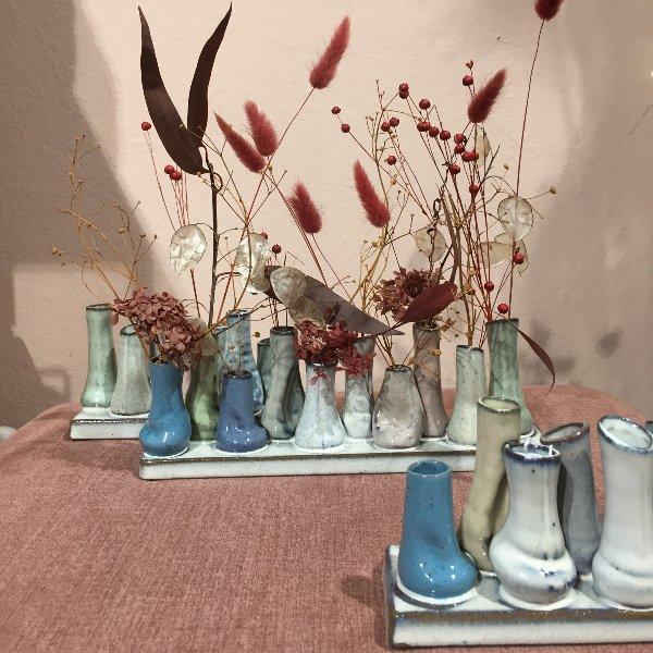 'Väschen-Vase' mit Trockenblumen gefüllt Bild 2