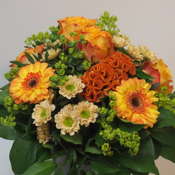Sommerstrauß, orangefarbene Blumenkombination Bild 3