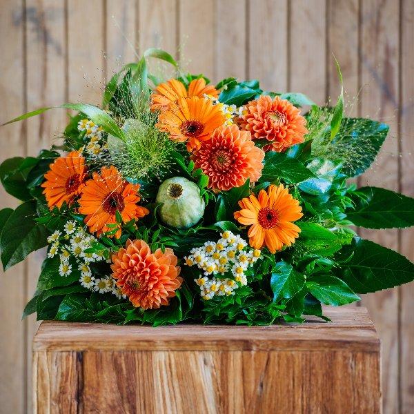 Blumenstrauß á la Saison in orange Bild 1