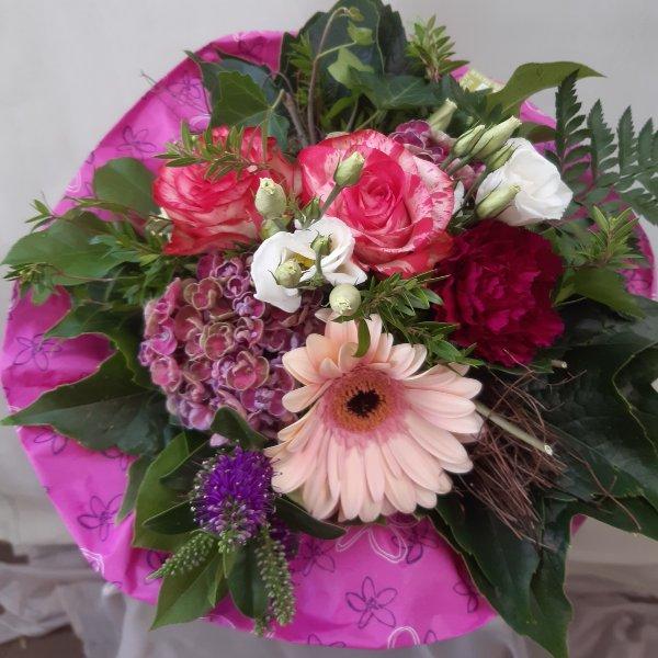Blumenstrauß 99018 Bild 1