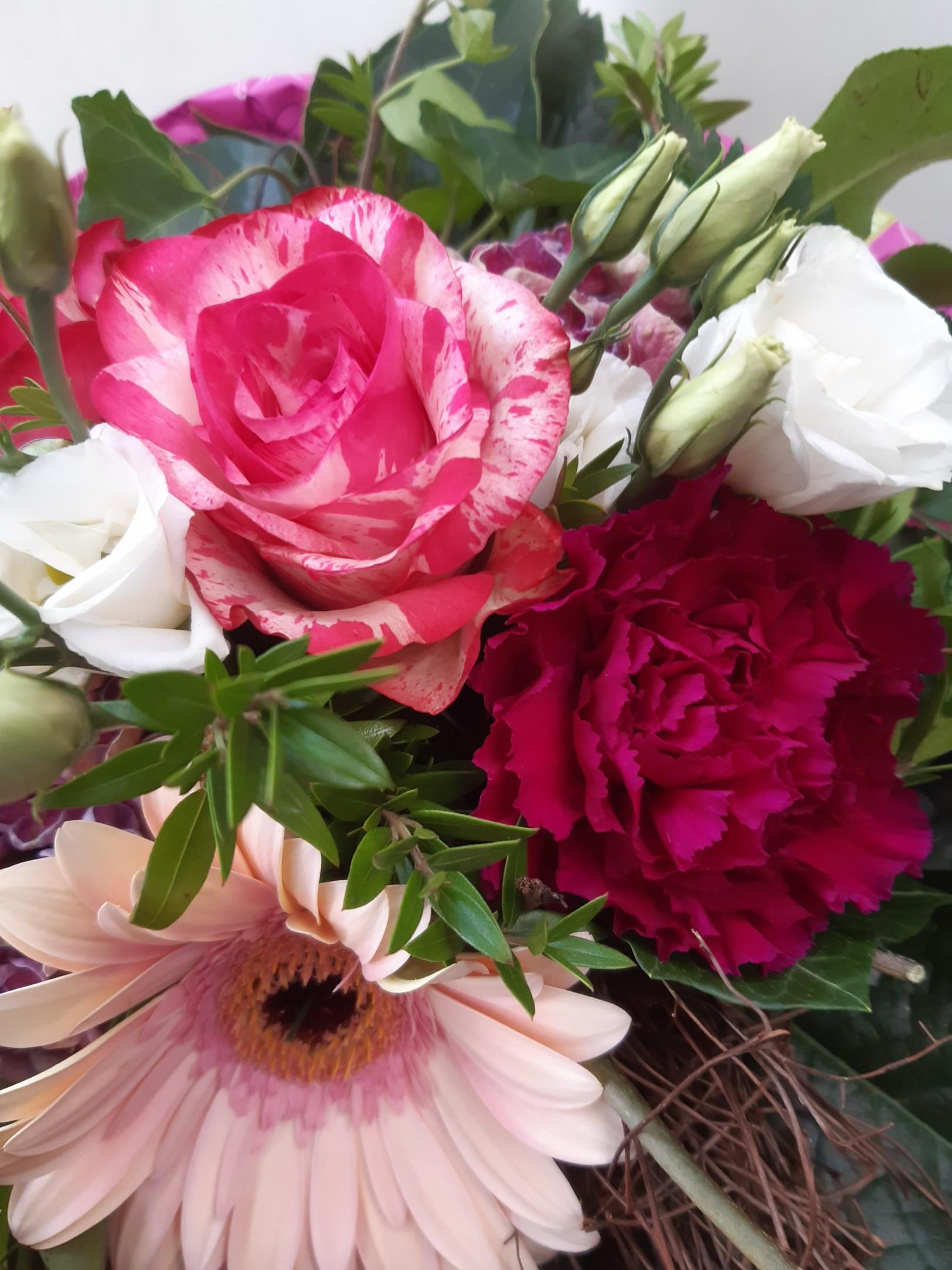 Blumenstrauß 99018 Bild 2