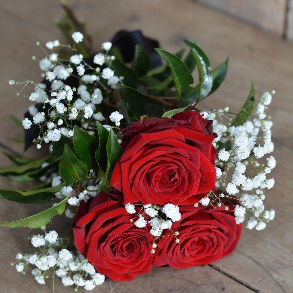 Handstrauß mit Rosen Bild 1