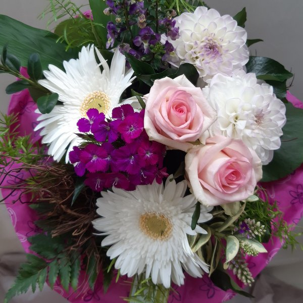 Blumenstrauß 99020 Bild 1