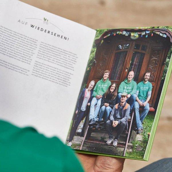 Buch - Mit dem Hochbeet durchs Jahr Bild 2