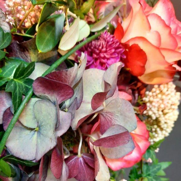 Urnenkranz Rosa (abfließend) Bild 2