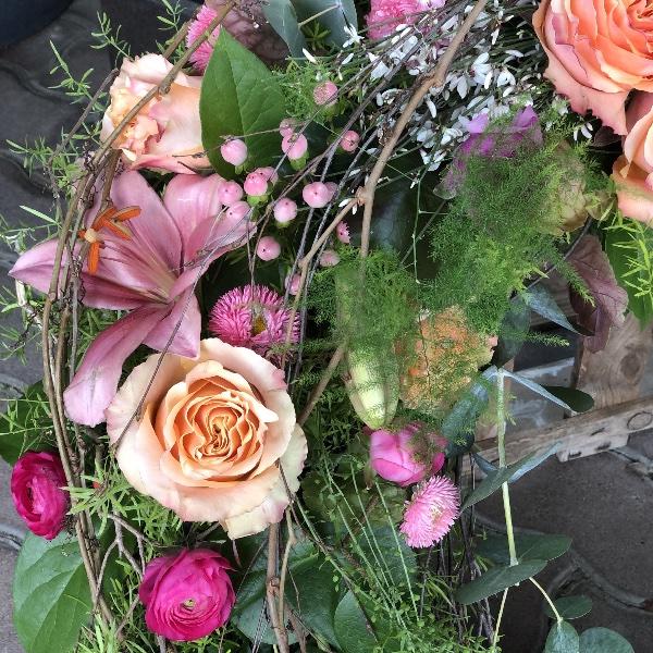 Kranz in apricot-rosa-Tönen Bild 3