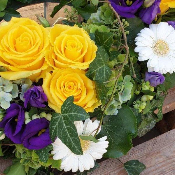 Blütenkranz gelb Bild 2