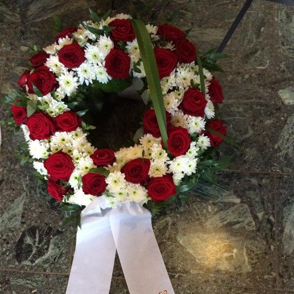 Trauerkranz weiß-rot Bild 1