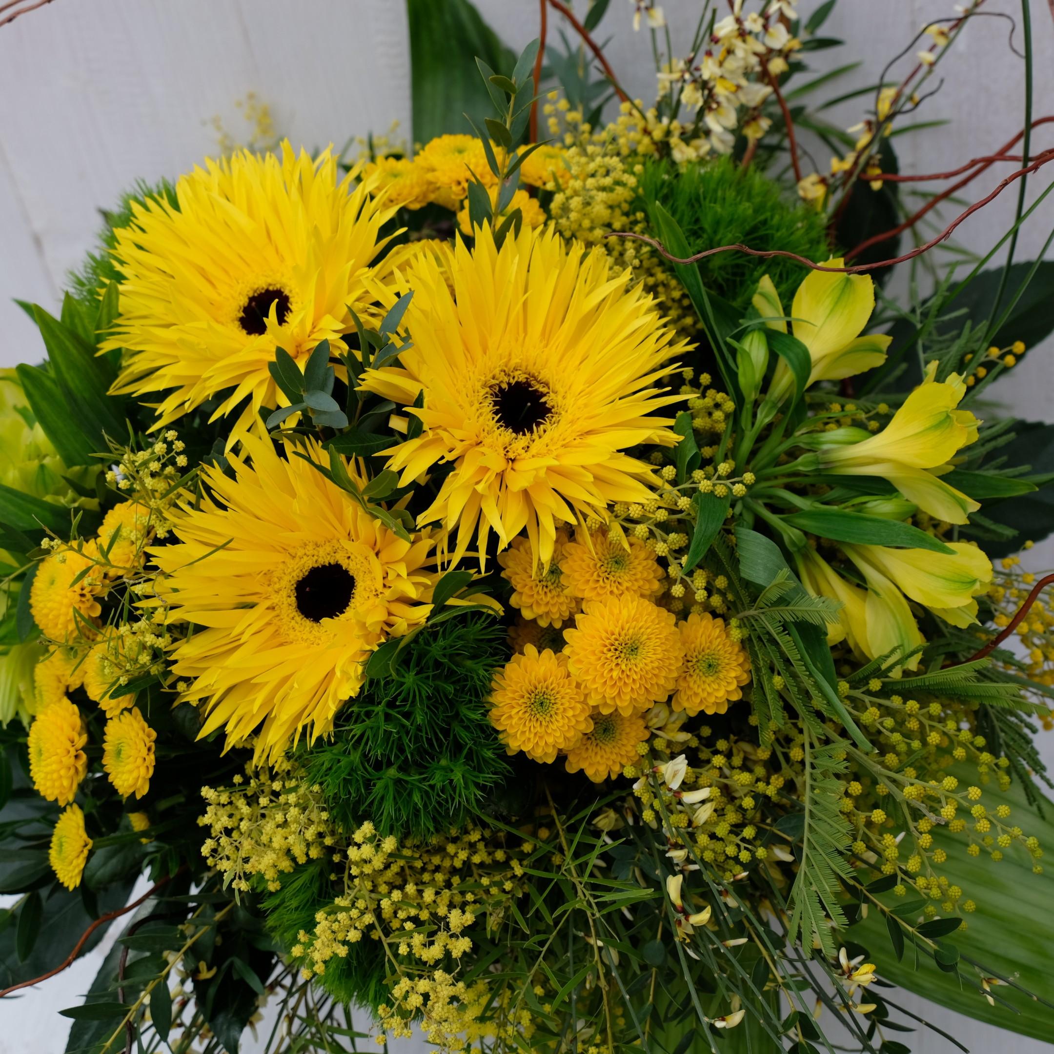 Blumenarrangement Bild 2