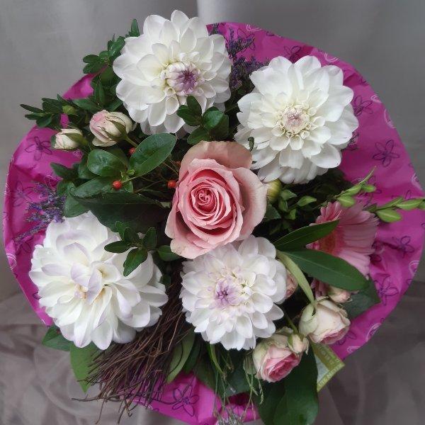 Blumenstrauß 99024 Bild 1