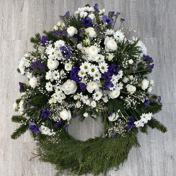 Trauerkranz weiß-blau Bild 1