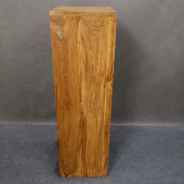 Holzsäule Bild 1