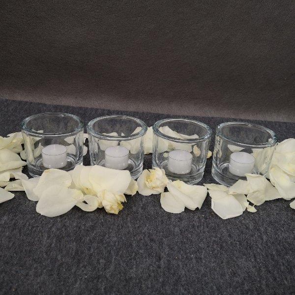 4 Kerzenlichter mit Streublumen Bild 1