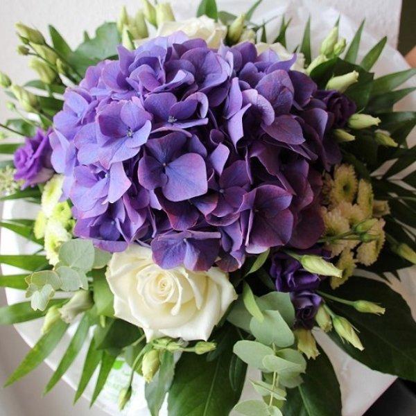 Blumenstrauß weiß/blau Bild 1