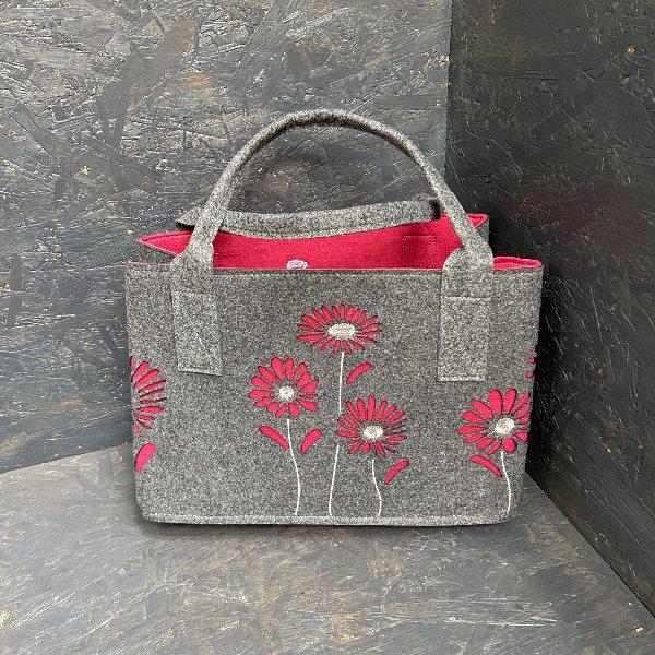 Filztasche, grau-rot mit Blumen Bild 1