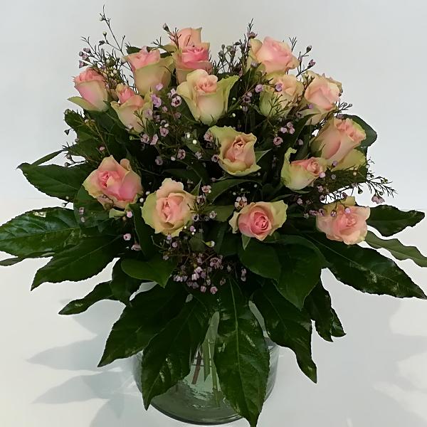 STR 9        Strauß rosa Rosen Bild 1