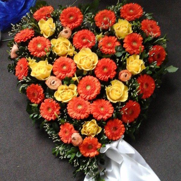 Trauergesteck Herz 97004 Bild 1