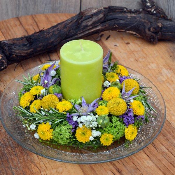 """Blütenkränzchen in gelb"" Bild 1"
