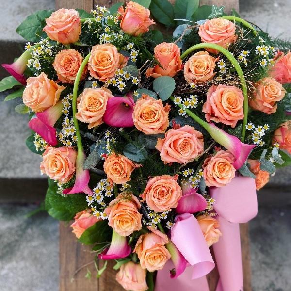 #T2 Blütenherz aus Rosen Bild 1