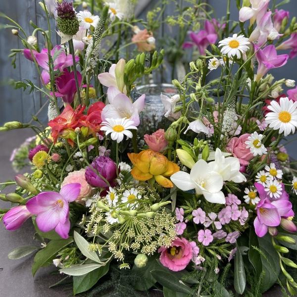 #TU1 Urnenschmuck Blumengarten wiesig Bild 2