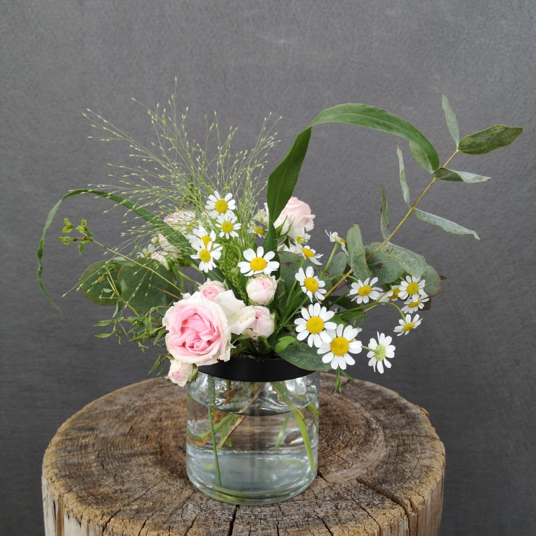 Vase mit Gitterdeckel - Klein Bild 1