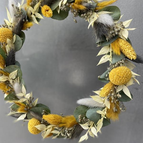 DIY Box Trockenblumenkranz gelb-grau Bild 2