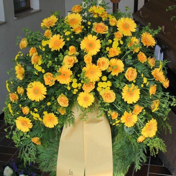 Trauerkranz gelb Bild 1