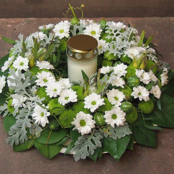 Gedenkkranz für Grabstätte Bild 3