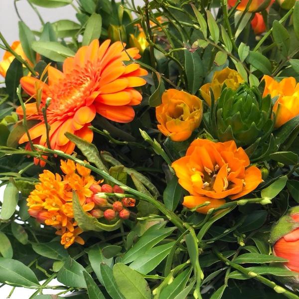 Blumenstrauß - orange Bild 3