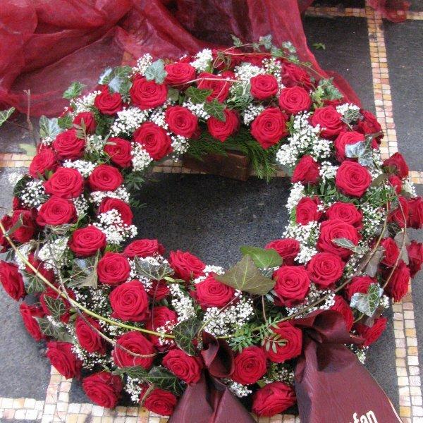 Blütenkranz, rot Bild 1