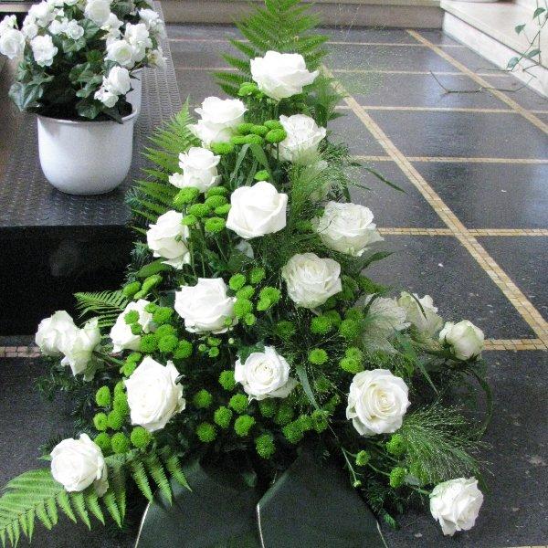 Blumenbukett, weiß/grün Bild 1