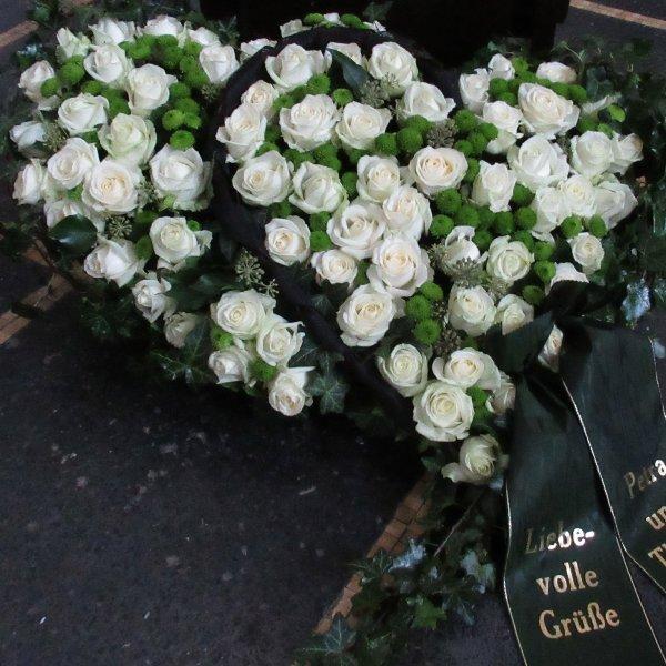 Blütenherz doppelt, weiß/grün Bild 1