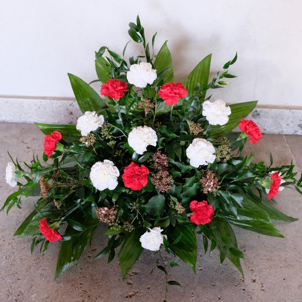 Blumenbukett in weiß/rot Bild 1