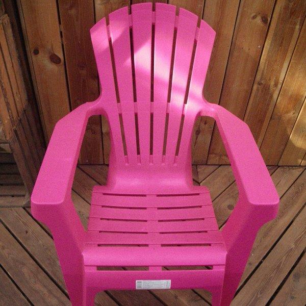 Relaxstuhl aus Kunststoff Bild 1