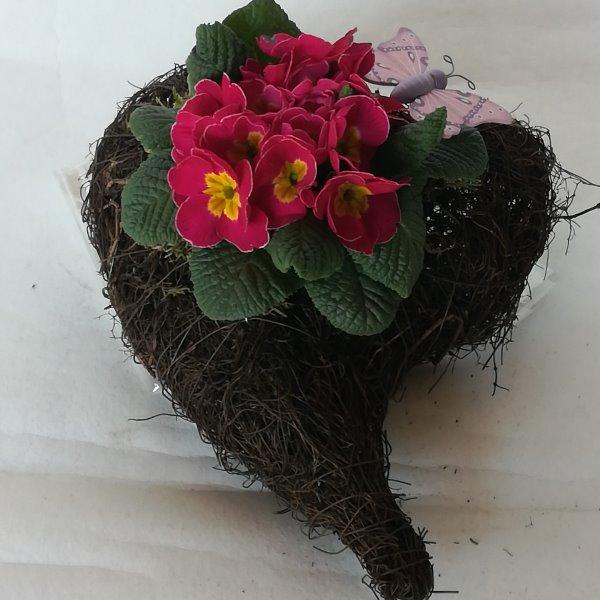 Grabscha 16 bepflanztes Herz Bild 1