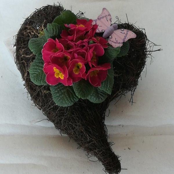 Grabscha 16 bepflanztes Herz Bild 2
