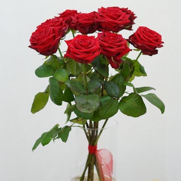 "Rosenstrauß ""klassisch rot"" Bild 1"
