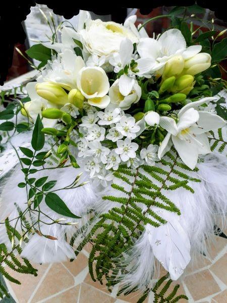 Brautstrauß Federleicht Bild 4