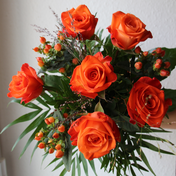 Rosenstrauß (lang gebunden) orange Bild 1