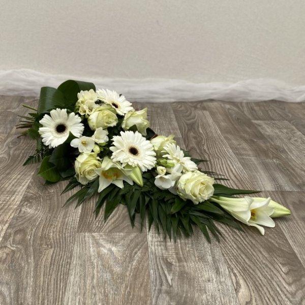 Trauerstrauß mit Lilien Bild 2