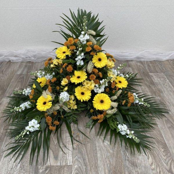 Gesteck- gelb/orange/weiß Bild 1