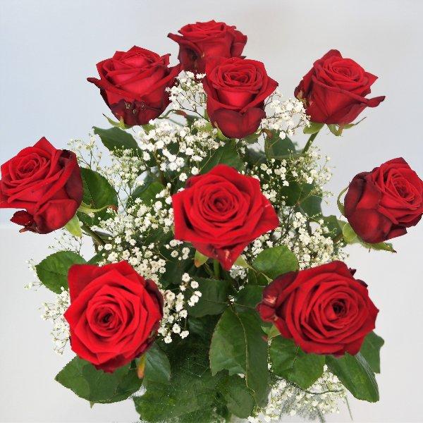 Rosen mit Grün und Schleierkraut Bild 1