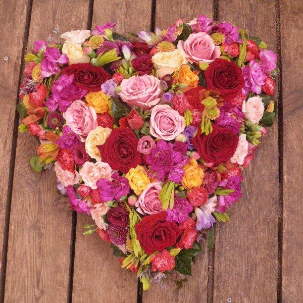 Trauerherz in rosa/rot mit Rosen Bild 1