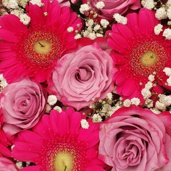Gesteck-Herz-pink Bild 1