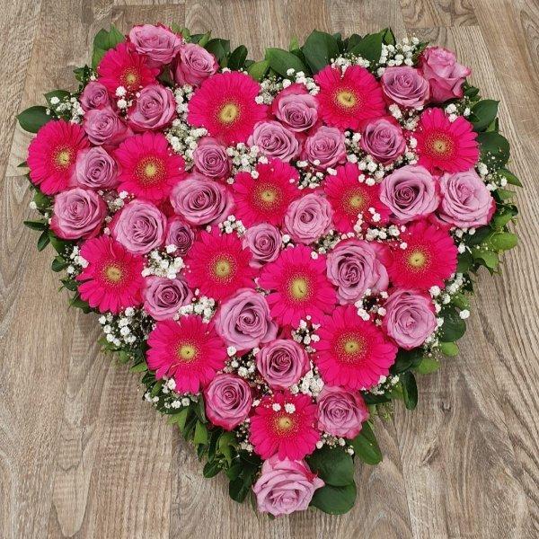 Gesteck-Herz-pink Bild 2
