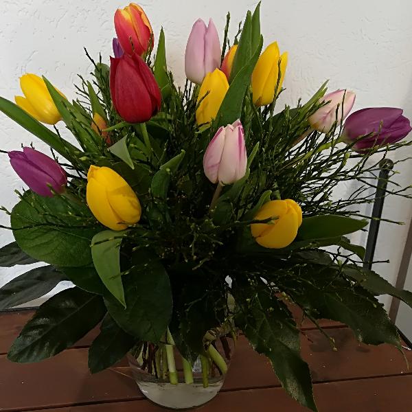 STR 2    Strauß bunte Tulpen Bild 1