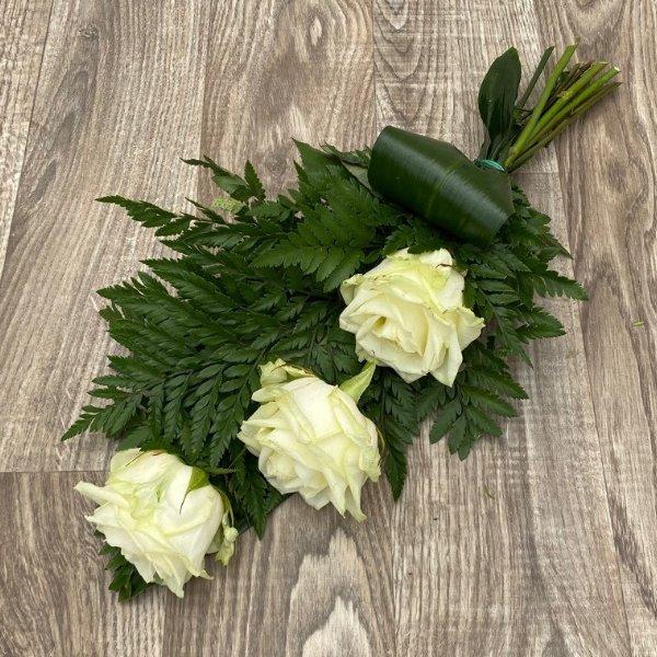 Trauerstrauß- 3 weiße Rosen Bild 2