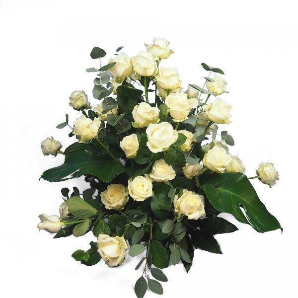 Trauergesteck mit weißen Rosen Bild 1