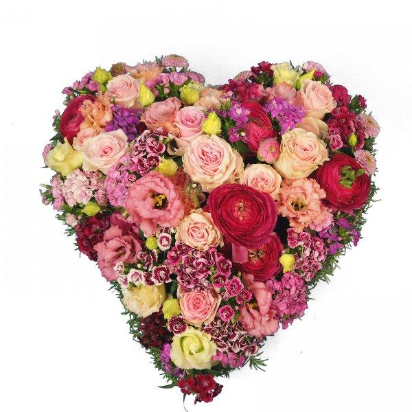 Herzform mit Blumen rosa Bild 1