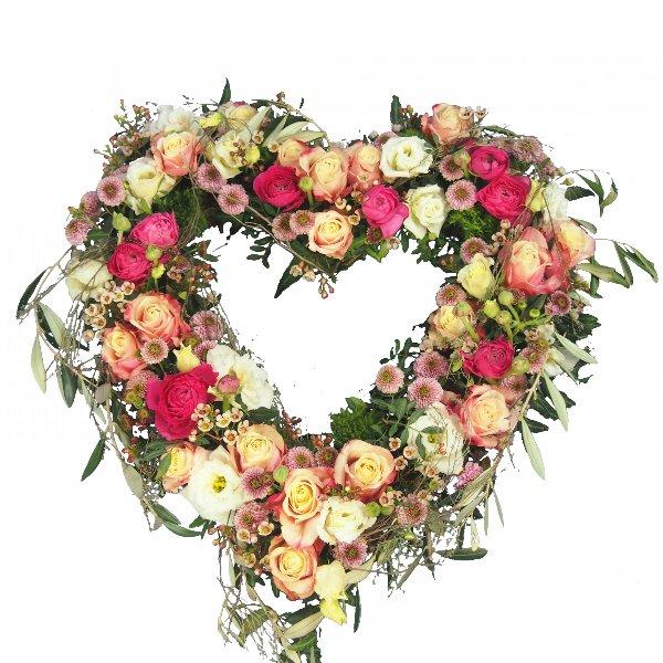 Herzform mit Blumen offen, in creme-rosafarbener Blumenkombination Bild 2